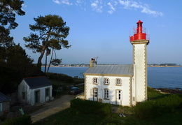 Phare de Combrit à Sainte Marine